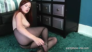 pantyhose4me - delicious redhead chick gets nasty