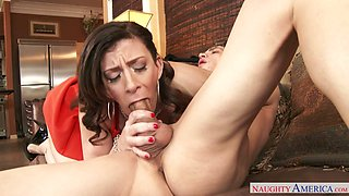 Aroused brunette mature Sara Jay gives head to Bruce Venture