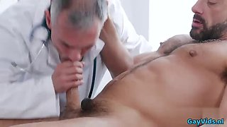 Big dick doctor anal sex and facial