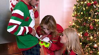 StepSiblings - Christmas Threesome Sex between stepsisters