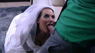 Teen Bride getting fuck before the wedding