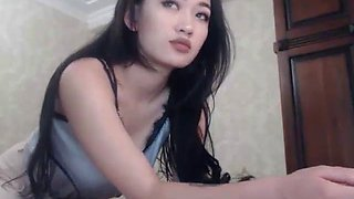 korean hot woman webcam masturbating