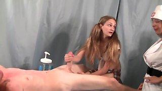 Cute college girl gets a handjob lesson !
