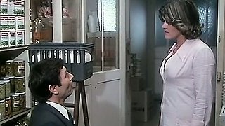 Lovely and juicy French woman wants to be spanked on the laps