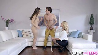 School Playtime - Alexis Monroe,Lucy Doll