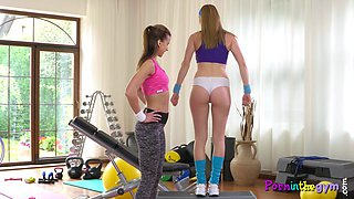 Glamcore dyke duo working out in the gym
