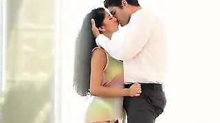 Hot Romantic fucking sex of a Delhi escorts sexy Vip girl