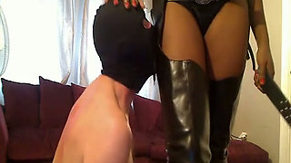 My ebony mistress is sexy as fuck and I love to sniff her ass