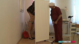 Teen fucked by the doctor