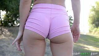 Fitness chick with juicy ripe ass Paige Owens gets her slit fucked outdoor