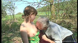 Flamboyant amateur Ivanna gives blowjob to kinky daddy before riding him