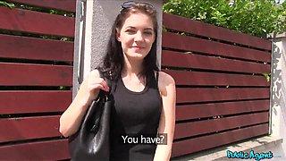 Anie Student