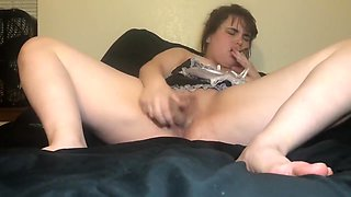 Stoned Slutty Maid Squirts All Over The Bed.