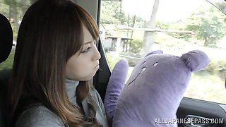 Akiho Yoshizawa gets toyed and fingered in a bus