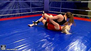 NudeFightClub presents Ashley vs Alexa Wild