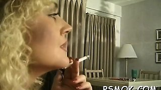Pair takes turn oraly pleasing every other while smoking
