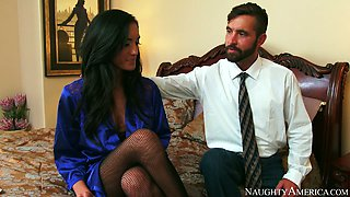 Hot pippin Chloe Amour gets wonderful pussy licking from Daniel Hunter