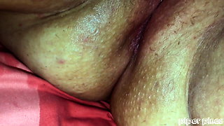 New Vibe Makes Pussy Squirt Everywhere BBW Extreme Closeup
