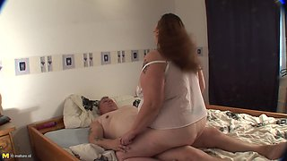 Kirsten is a chubby mistress who really loves the dick riding