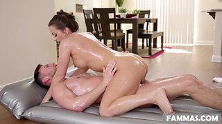 Stepsister massage - Abigail Mac
