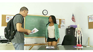 Dark-skinned teacher with hairy twat knows what seduction is all about