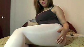 My sexy neighbor exposes her great bottom in white leggings
