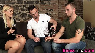 Bisexual ho mouth spunked