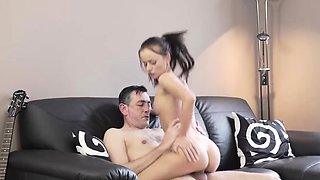 Brunette milf smoking and fucking xxx Guitar hero