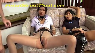 Dom brings skank sub for my six hole delectation