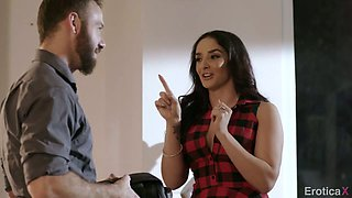Puerto Rican nympho Sheena Ryder gets nailed doggy by her bearded stud
