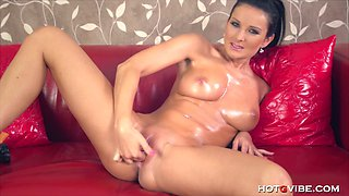 Sultry Oiled Up Amateur MILF