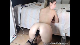 Hot Amateur Blonde Uses A Fuck Machine To Cum Hard