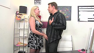 Zoey Tyler has a blast while being shagged by a hot stud