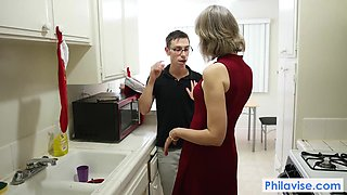 PHILAVISE-A taboo xmas video with Cougar Jamie Foster