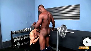 Ebony next door always personal with the gym coach