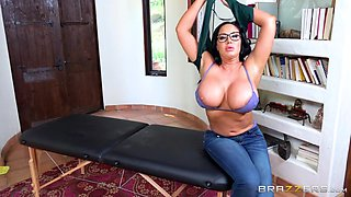 big beautiful woman wants to suck your cock