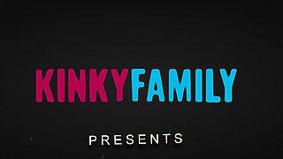 Kinky Family - Chloe Scott - Facial for naughty stepsis