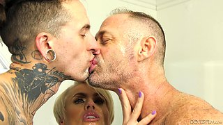 Threesome with Helena Locke and a bisexual fella is fantastic