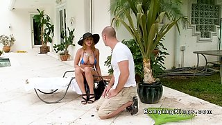 gardener spying huge natural tits babe