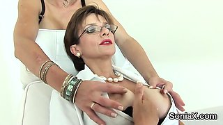 Cheating uk milf lady sonia flashes her large titties08ypL