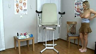 JDT110: Doctor Gynecolochenko 04