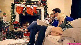 kenzie reeves and angel smalls - family sex (myfamilypies)