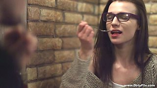 Nerdy babe in glasses Riley Jorden gets her muff fucked and jizzed