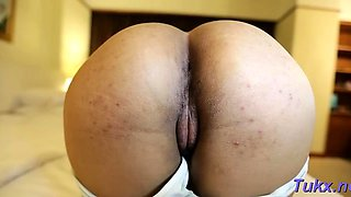 Hot-tempered cutie Apple cums from penis licking