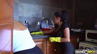2 step sisters sheila ortega, kesha ortega