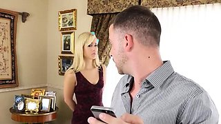 Babysitter Thief Gets Caught Fucked HER SNAPCHAT - MIAXXSE
