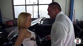 LECHE 69 The Busty Mechanic
